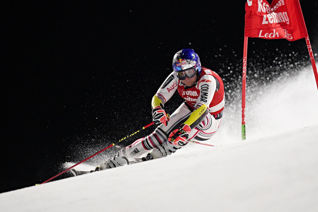 L'urlo di Kristoffersen nella notte di Lech: prima vittoria in parallelo, battuto in finale Pinturault
