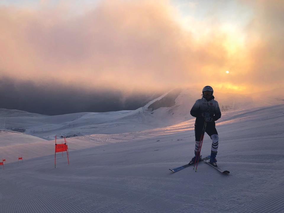 L'alba sugli sci di Viktoria Rebensburg: la tedesca comincia da Saas Fee la rincorsa al poker 'gigante' in Coppa