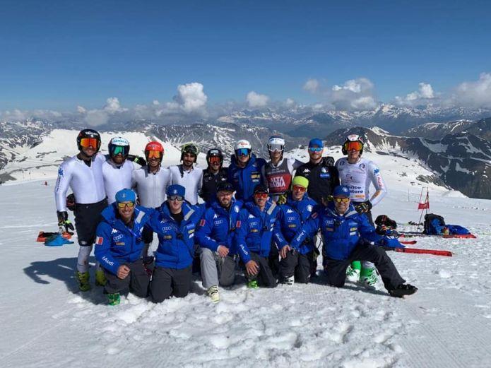 Concluso allo Stelvio il primo raduno sulla neve per gli slalomgigantisti azzurri, con Razzoli e soci già al lavoro