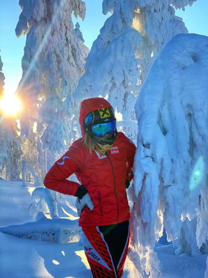 A Levi si va... 24 gradi sotto zero! Prime nazionali al lavoro e barratura in pista per i due slalom di Coppa