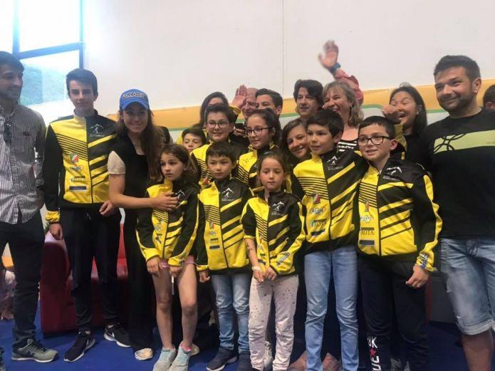 Oltre 500 persone a Lenna per una grande festa con Sofia Goggia: finanziati progetti sportivi per i bambini della zona