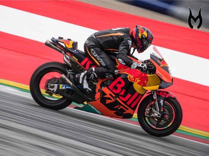 Un'intera giornata in pista per Marcel Hirscher, ma in sella alla KTM: 'Guidare una MotoGP era il mio sogno'
