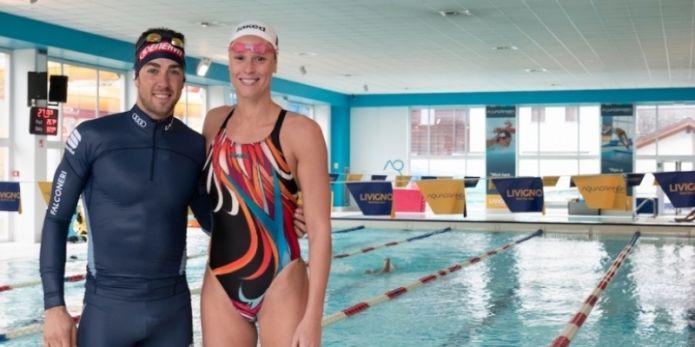 Che sfida a Livigno tra Pellegrini e... Pellegrino: nuoto e sci di fondo a confronto in piscina