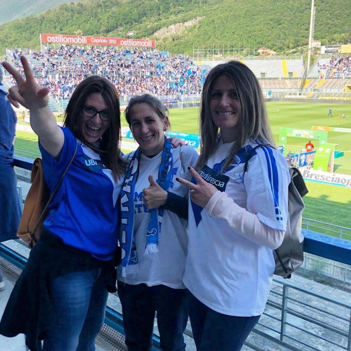 Le sorelle Fanchini festeggiano il ritorno del Brescia Calcio in serie A e... preparano il ritorno in pista!