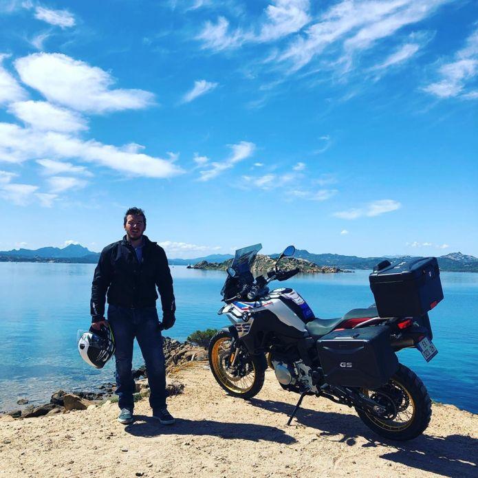 Giraud Moine, tour in moto per le strade della Sardegna e il sogno di 'tornare ad alti livelli, altrimenti mi fermerò'