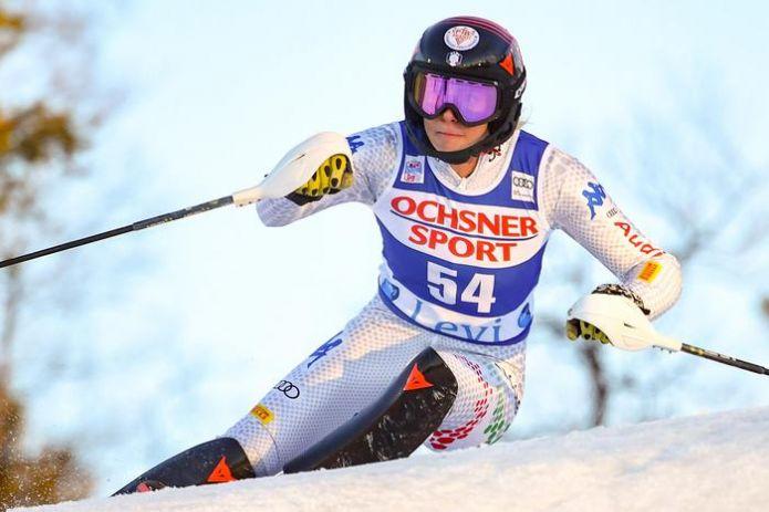 Bassino e De Aliprandini si allenano a Pampeago, Roberta Midali... vince gli slalom FIS