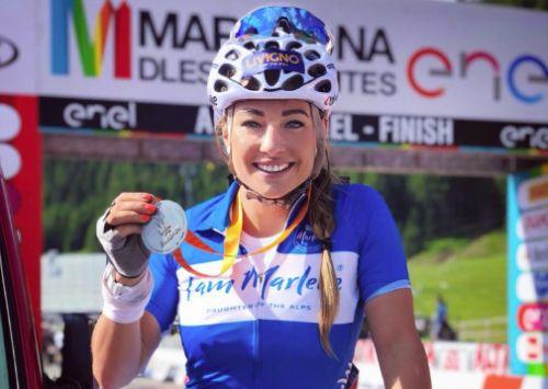 Da Wierer a Goggia, le stelle azzurre si divertono alla Maratona dles Dolomites con tanti altri campioni