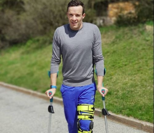Innerhofer ad un mese dall'infortunio: 'Sto meglio e piego il ginocchio di 80 gradi. E lavoro sulla parte alta...'