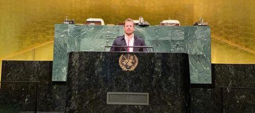 Le vacanze dei campioni? Statunitensi in Messico, Holdener in Thailandia e Jansrud alle Nazioni Unite...
