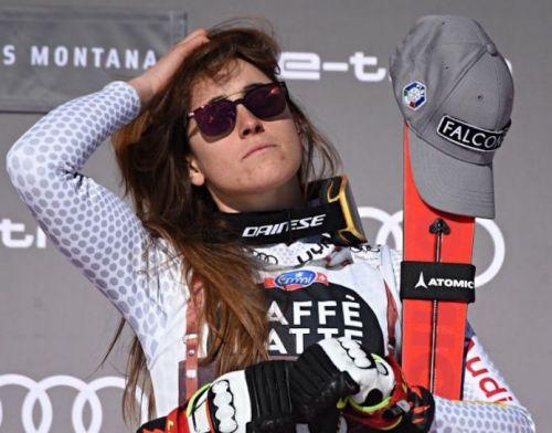 Che paura per Sofia Goggia: incidente stradale al Sestriere, l'olimpionica è illesa