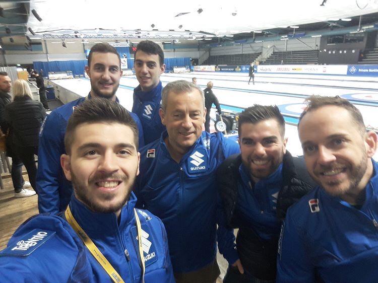 Vittoria sulla Russia e ko con i campioni della Scozia nella prima giornata dell'Europeo azzurro: oggi sfida alla Svezia